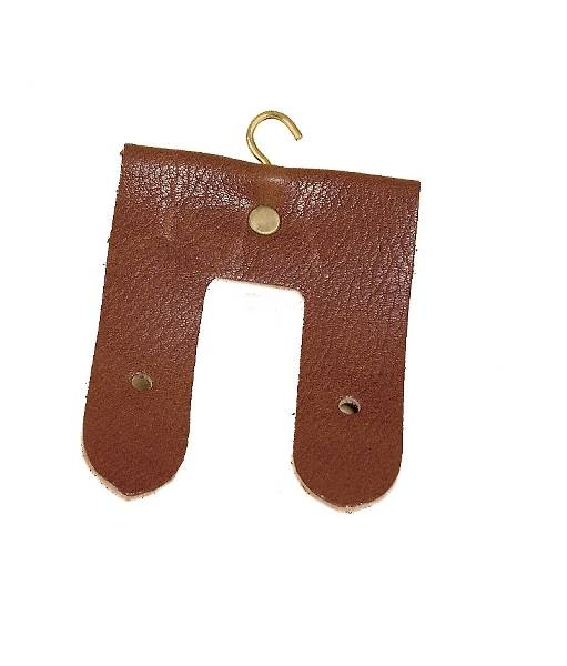 Tory Leather English Girth Hanger