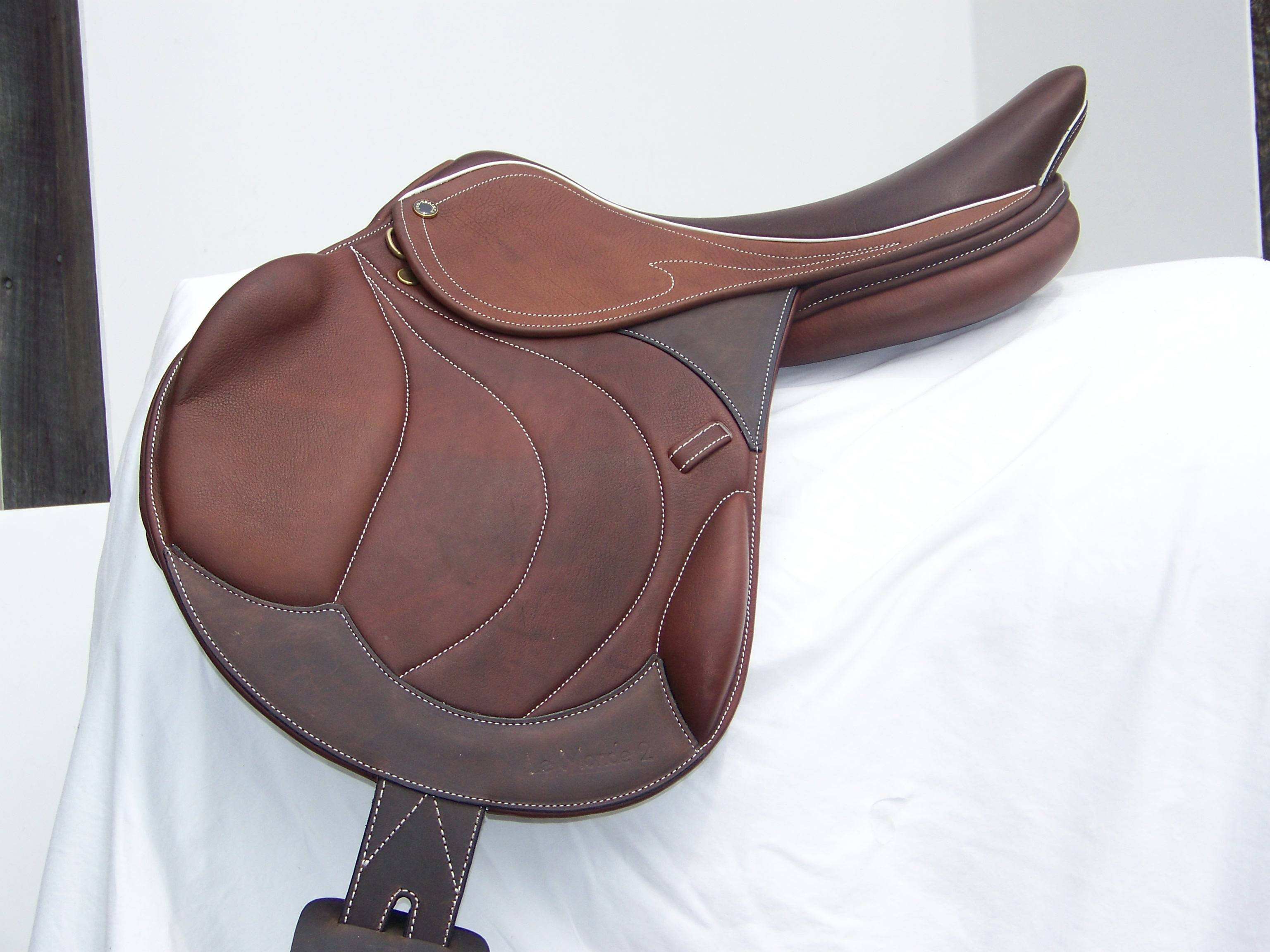 Pro-Trainer Goldline LeMonde II Close Contact Saddle