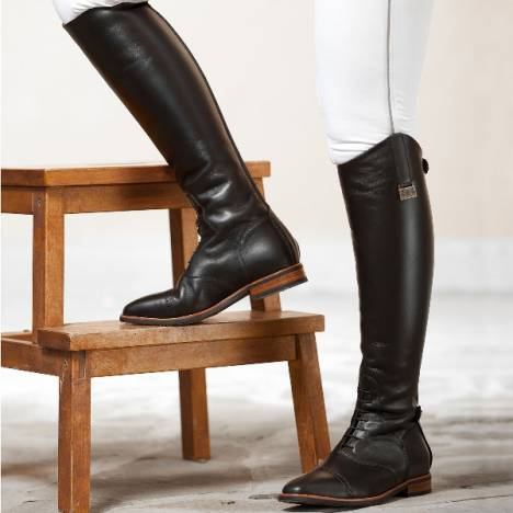 B Vertigo Ladies Annie Field Boots