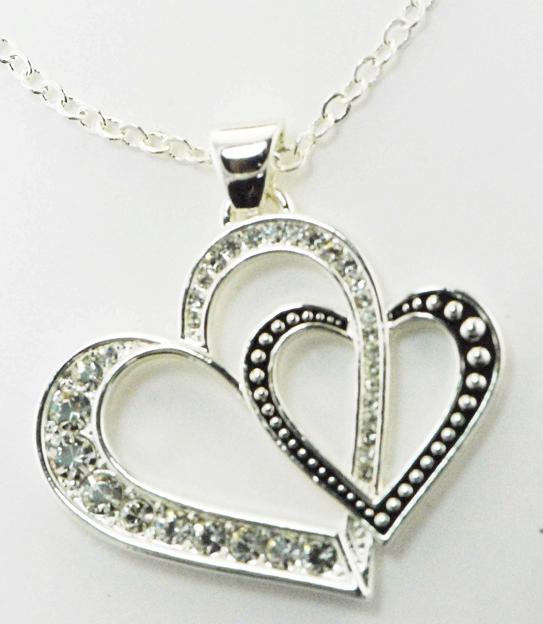 Western Edge Jewelry Double Heart Necklace