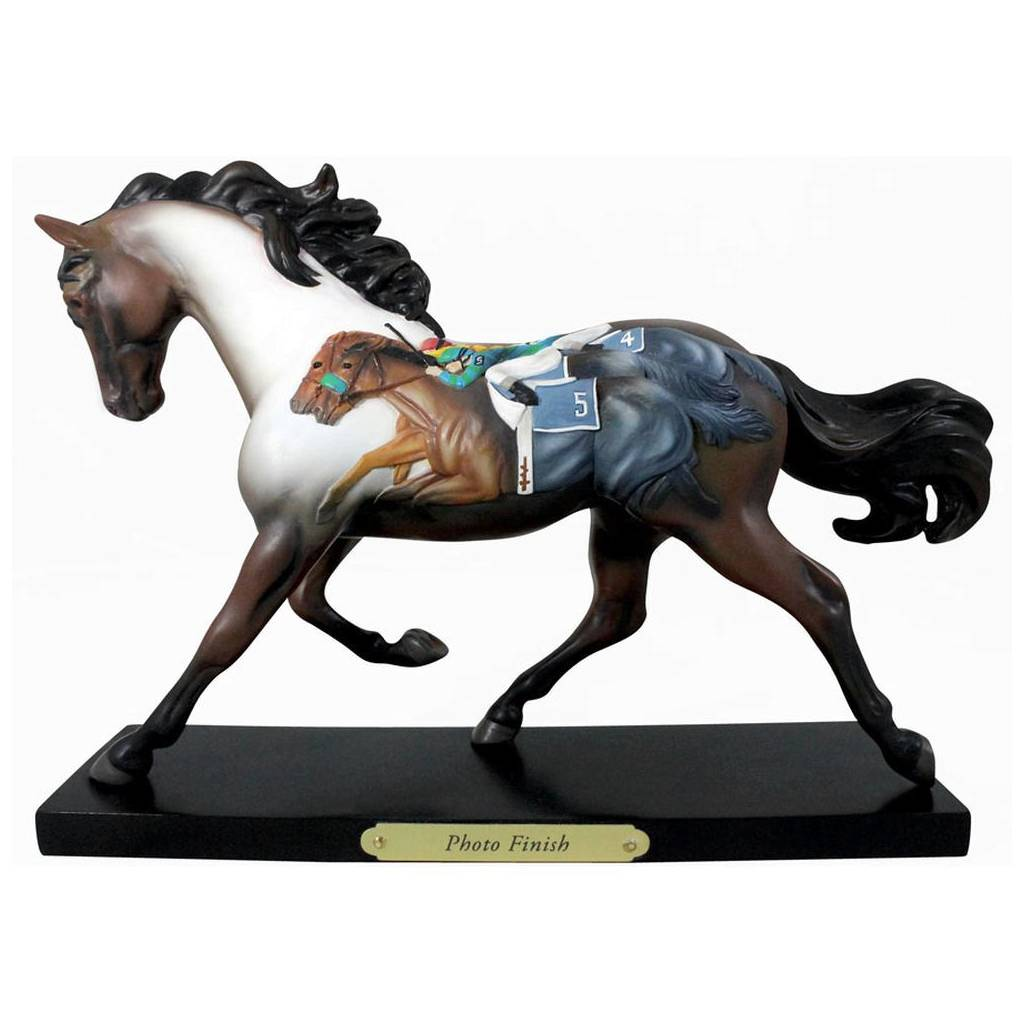 The Trail Of Painted Ponies Photo Finish Figurine