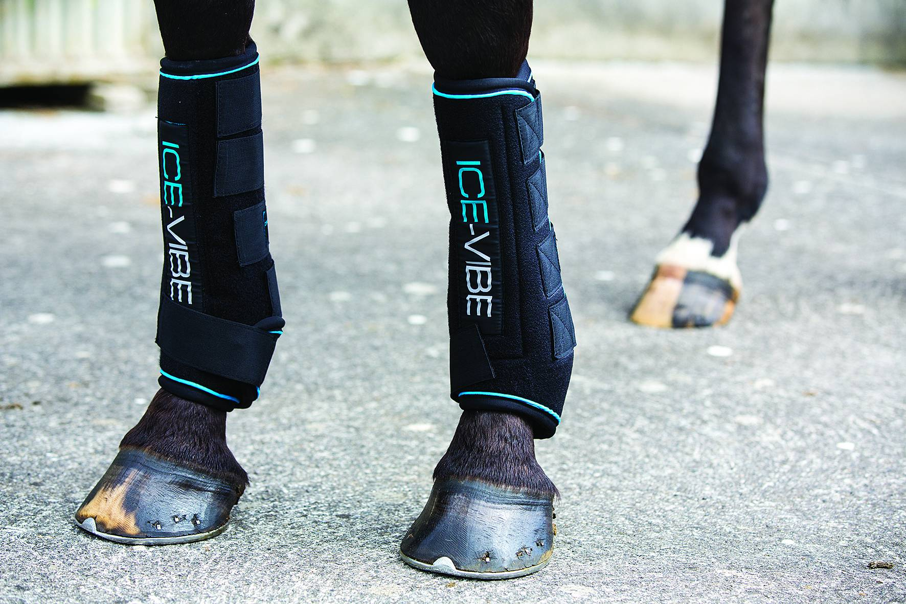 Ice-Vibe Boot