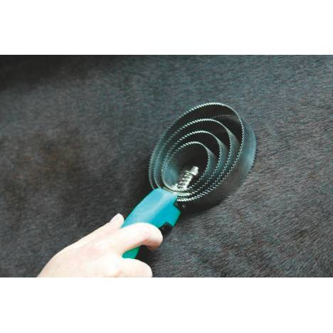 Tail Tamer Soft Touch Round Metal Curry