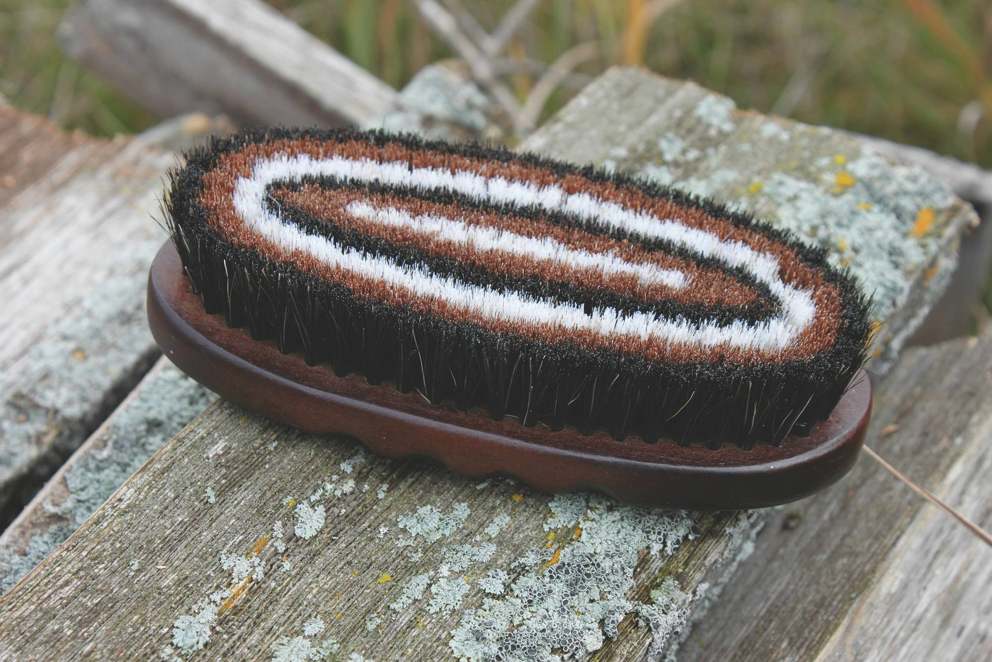 Tail Tamer Wood Series Small Oval Horse Hair Brush