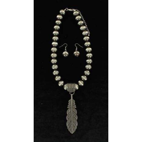 Blazin Roxx Feather Necklace And Nickel Ball Earrings Set