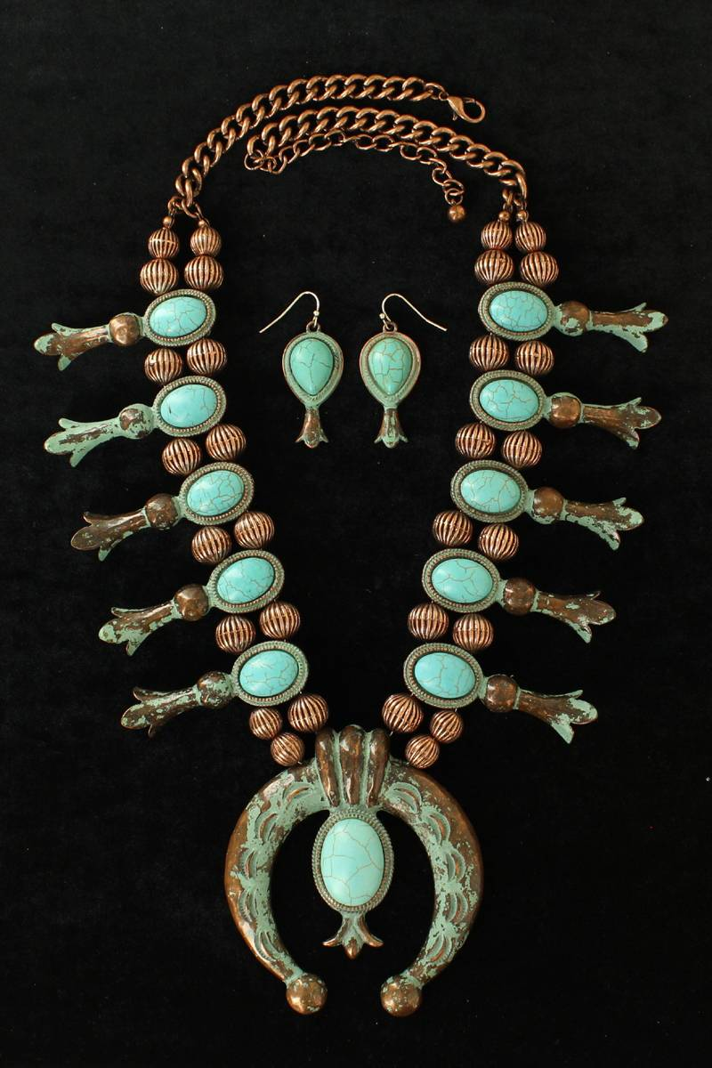 Blazin Roxx Large Squash Blossom Necklace And Earrings Set