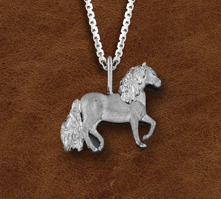 Kelly Herd Silver Left Facing Paso Fino Pendant - Ladies