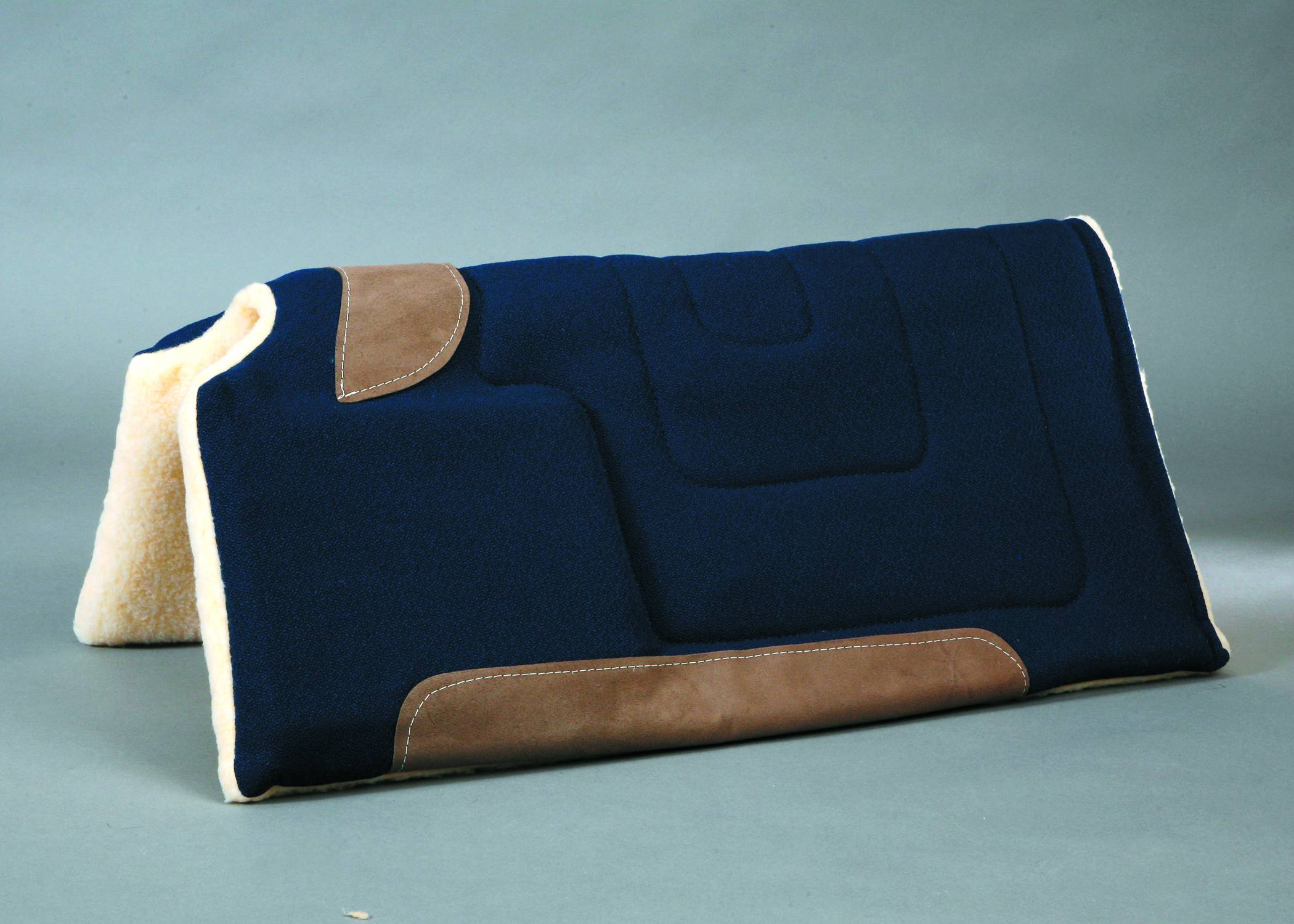Colorado Saddlery Cut Back Raised Front Saddle Pad