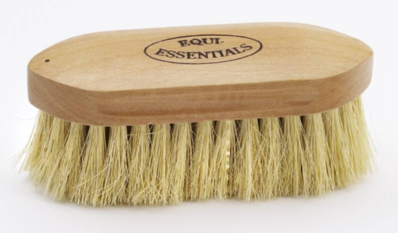 Equi-Essentials Wood Backed Tampico Dandy Brush