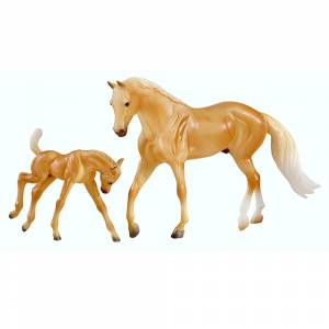 Breyer Palomino Quarter Horse and Foal Set