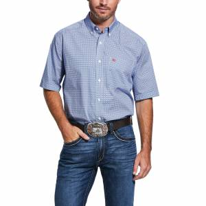 Ariat Mens Wrinkle Free Wharton Print Classic Fit Short Sleeve Shirt