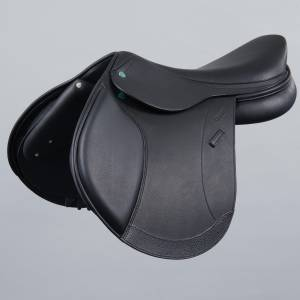 Crosby Prix De Nation Covered Close Contact Jump Saddle