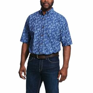 Ariat Mens Tavares Print Stretch Short Sleeve Classic Fit Shirt