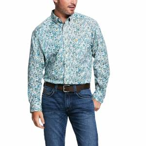 Ariat Mens Riverbank Print Stretch Classic Fit Long Sleeve Shirt