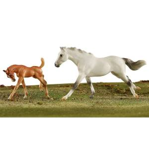 Breyer 2020 Racing The Wind Horse And Foal Set