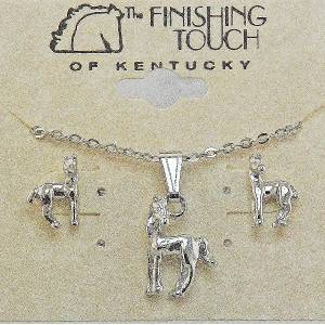 Finishing Touch Horse with  Turned Head Gift Set