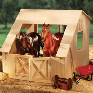 Breyer Traditional Wood 2 Stall Barn