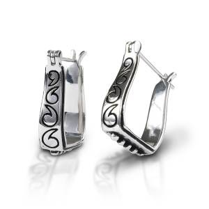 Kelly Herd Engraved Stirrup Earring - Sterling Silver