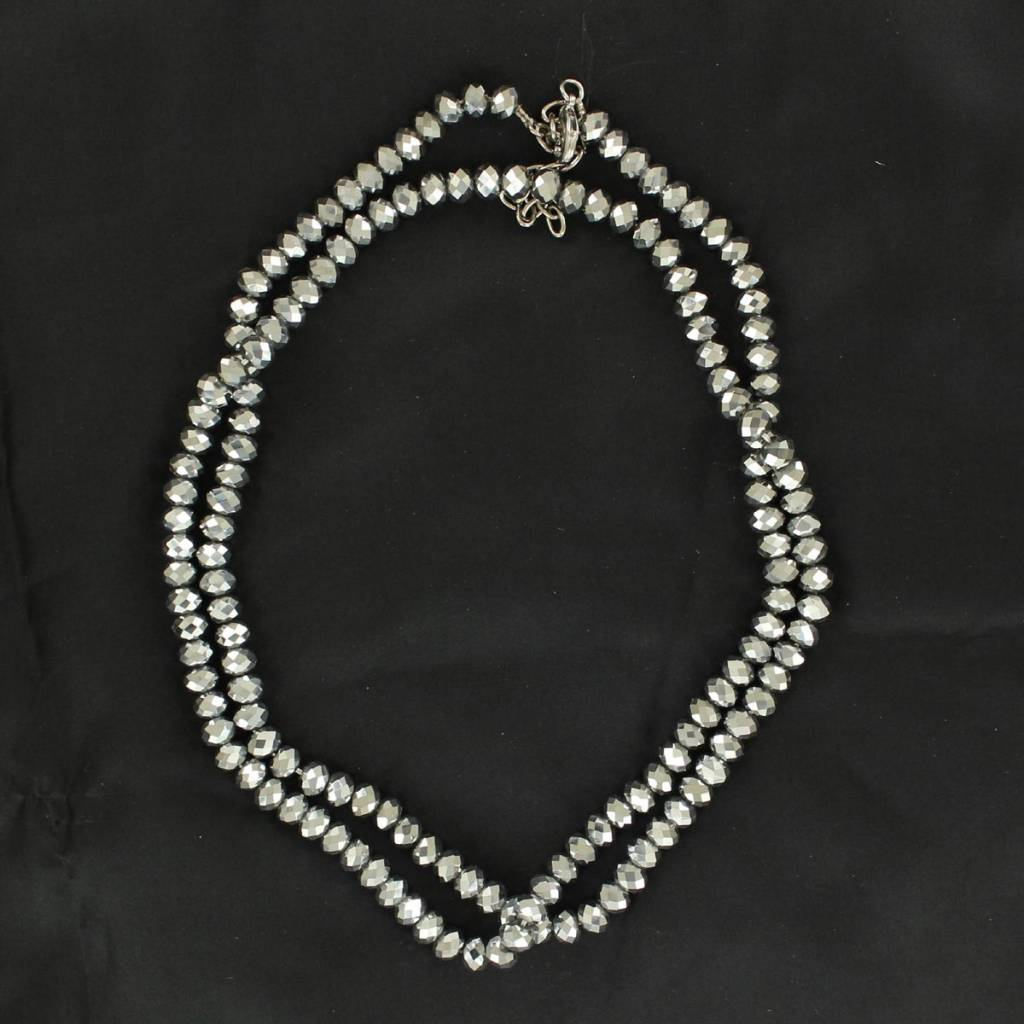 Western Charm Small Shiny Beads Necklace