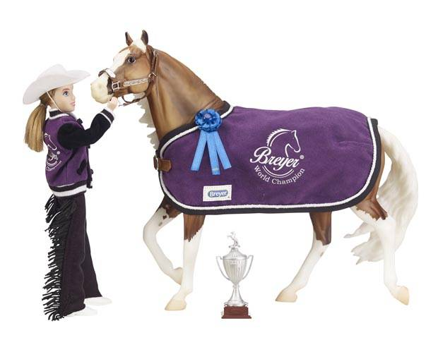Breyer Traditional Series Tack Winners' Circle Accessory Set - Western