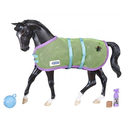 Breyer Traditional Series Tack Turn Out Set