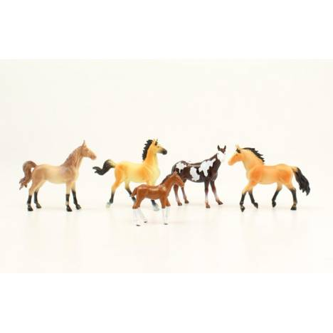 Bigtime Rodeo 5 Horse Figure Set