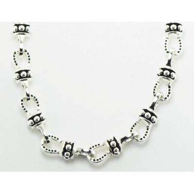 Western Edge Beaded Horseshoe Chain Necklace