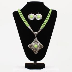 Daisy Floral Concho Multi-Stand Necklace and Earrings Set