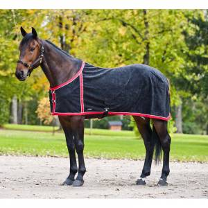 Horze Fleece Rug with Netted Lining